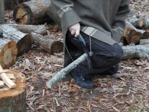 My plumber daddy taught me the plumber's vise to cut pipe and kindling in the field.